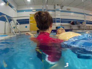 ejercicios-agua-rehabilitacion